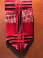 Fantastic New Necktie Silk Unique Design - Vintage Clothes & Linen