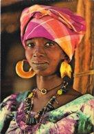 AFRIQUE En COULEURS - La Femme Aux Boucles D'Or - Non Classificati