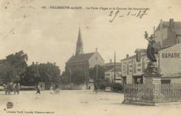 VILLENEUVE SUR LOT La Porte D'Agen Et Le Couvent Des Annonciades Animée  RV - Villeneuve Sur Lot