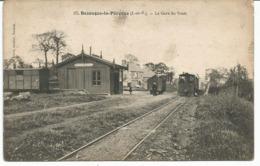 BAZOUGES LA PEROUSE. La Gare Du Tram. Tramway. - France