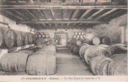 16 - COGNAC - Jph Etournaud & Cie - Un Des Chais De Réserves N° 2 - Cognac