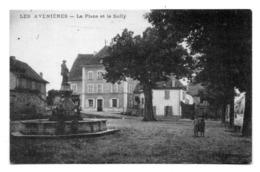 LES AVENIERES - La Place Et Le Sully . - Les Avenières
