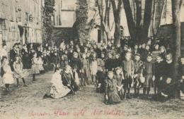 Pension Mademoiselle Martin  Coté Des Petites  Jeu De Croquet  Envoi La Grosse Dame Bannegon. Tres Leger Pli - Bourges