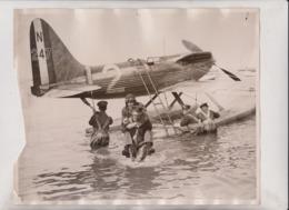 SEE LEFT SITE AIR RECORD BRITAIN SQUAD LEADER SUPERMARINE ROLLS ROYCE S6 CALSHOT  25*20CM Fonds Victor FORBIN 1864-1947 - Aviation