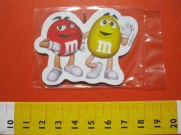 MED.1 MAGNETE MAGNET FRIGO - ITALIA 2011 MARS M&M M & M CIOCCO CARAMELLE PUBBLICITARIA SOLO PER CLIENTI DIREZIONALI - Magnetos