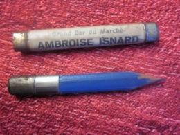 PORTE CRAYON DE CAHIER PUBLICITAIRE GRAND BAR DU MARCHÉ AMBROISE ISNARD Rue Des Lices ARLES-SUR-RHONE 13 BDR-AVEC ETUI - Zonder Classificatie
