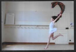 St004852 Danse , Danseuse En Action , Jeune Fille Inconnue - Métiers
