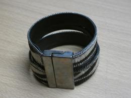 BRACELET IMITATION ZEBRE. 18CMX4,2CM. 47GR. - Bracelets