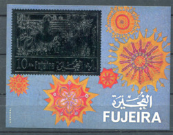 (B 16) Fujeira ** Bloc Michel N° 41  Or -  Jésus à Jérusalem - Fudschaira