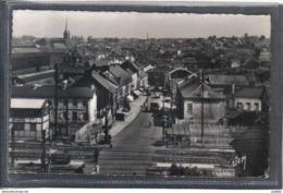 Carte Postale 59. Hautmont  Passage à Niveau    Très Beau Plan - France