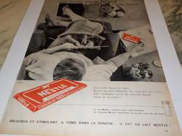 ANCIENNE PUBLICITE UNE MINUTE D ARRET  NESTLE 1960 - Posters