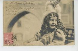 ENFANTS - LITTLE GIRL - MAEDCHEN - Jolie Carte Fantaisie Portrait Fillette Sous La Neige - Portraits