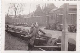 Originalfoto Von Calais -Deutsche Soldaten Vor Haubitzen- - Lieux