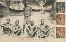 Un Chef De Village Haut Dahomey  . 3 Timbres Porto Novo. Non Voyagé - Dahomey