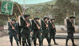 CP-  Chasseurs Alpins,à L'exercice- - Militari