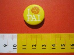MED.1 ITALIA SPILLA PIN'S PIN PINS I LOVE FAI FONDO AMBIENTE ITALIA METALLICA - MEDIA - BIANCO GIALLO ARANCIONE - Associazioni