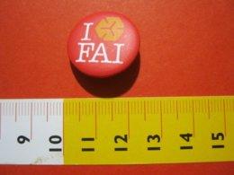 MED.1 ITALIA SPILLA PIN'S PIN PINS I LOVE FAI FONDO AMBIENTE ITALIA METALLICA - MEDIA - BIANCO ROSSO ARANCIONE - Associazioni