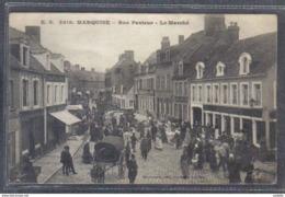 Carte Postale 62. Marquise  Le Marché Rue Pasteur Trés Beau Plan - Frankrijk