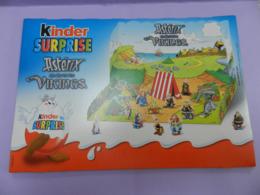 PLATEAU POUR LA SERIE  ASTERIX KINDER 2005 Les Vikings - Asterix & Obelix