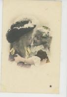 ENFANTS - LITTLE GIRL - MAEDCHEN - Jolie Carte Fantaisie Portrait Enfants Enlacés - Portraits