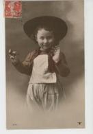 ENFANTS - Jolie Carte Fantaisie Portrait Petit Garçon Fumant La Pipe - Portraits