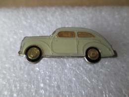 PIN'S   FORD  SEDAN    1939 - Ford