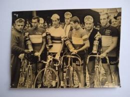 Photo Original Cyclisme Tom Simpson Walter Godefroot Jo De Roo Brasschaat 1965 - Ciclismo