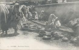 Tanger : Marché Aux Poteries . - Tanger