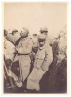 SOLDATS  DANS LA TRANCHEE   1914.18  PHOTO SEPIA - Guerre, Militaire