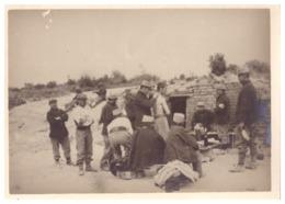 SOLDATS   SEANCE DE VACCINATION    1914.18  PHOTO SEPIA - Guerre, Militaire