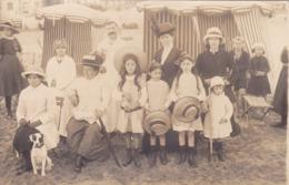 CPA 14 @ TROUVILLE - CARTE PHOTO FAMILLE Sur La PLAGE En 1913 - Trouville