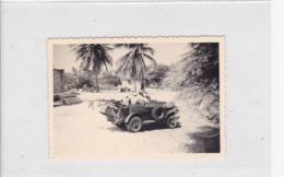 Photographie Jeep Véhicule Militaire Avec Marins Au Sénégal 1954 ( Ref 268) - Guerre, Militaire
