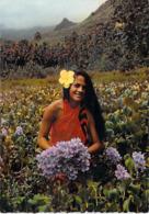 @ Polynésie Française- TAHITI Vahiné Parmi Les Fleurs (2)  (fleur Flowers Femme Polynésienne) (LABAYSSE N°09 LA BAYSSE - Polynésie Française