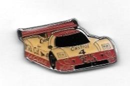Pin's  Sport   Automobile  JAGUAR  N° 4  Avec  CASTROL  Verso  JAGUAR  XJR 9 - Jaguar