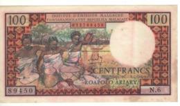 MADAGASCAR  100 Francs      P57a   (ND 1966) - Madagascar