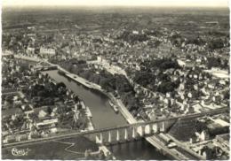 CPSM DE LAVAL  (MAYENNE)  VUE AERIENNE - Laval