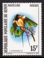 BENIN - 1982 BARN SWALLOW 15F BIRD STAMP FINE MNH ** SG 863 - Benin - Dahomey (1960-...)