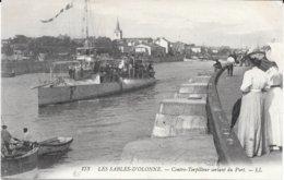 85 - LES SABLES D'OLONNE - 173 - CONTRE TORPILLEUR Sortant Du Port - LL. - Sables D'Olonne