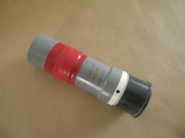 Grenade Lacry Mle G1 Avec Son Propulseur à Retard De 50 Mètres (inerte) - Equipo