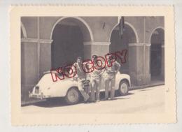 Au Plus Rapide La Peugeot 203 Décapotable Militaire Beau Format - Automobile