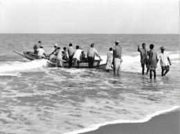 Photo Sénégal. Pêche Artisanale Dans La Région De Kayar Années 1990  Photo Vivant Univers - Afrique