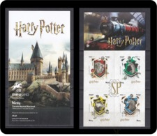 Portugal 2019 Harry Potter Wizarding World Warner Bros. Hogwarts House Gryffindor, Slytherin, Hufflepuff And Ravenclaw - Kino