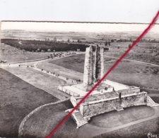 CP 62    -   VIMY - Le Mémorial Canadien   -   Vue Aérienne - Francia