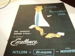 ANCIENNE  PUBLICITE DES CADEAUX DIGNES DE LUI TISSUS BOUSSAC  1960 - Vintage Clothes & Linen