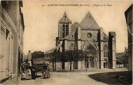 CPA St-SULPICE-de-FAVIERES - L'Église Et La Place (385166) - Saint Sulpice De Favieres