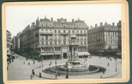 Photo Fin XIXème 69 Rhône Lyon Place Des Jacobins Tirage Albuminé Ca. 1899 - Photos