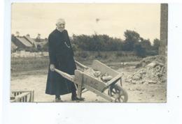 Frameries Photocarte ( Pliée !!! ) Eglise Du Sacré Coeur  ( Brouette F.A.C ) - Frameries