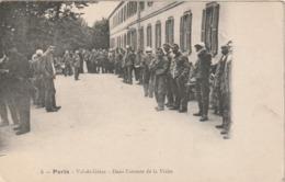 Rare Cpa Paris Hôpital Du Val De Grace Dans L'attente De La Visite - 1914-18