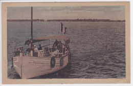 17 RONCE Les BAINS Le Courrier De L'Ile D'Oléron , Bateau Avec Voyageurs - France