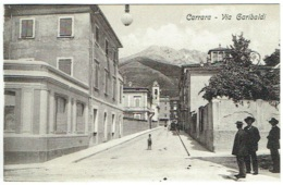 Carrara. Via Garibaldi. - Carrara